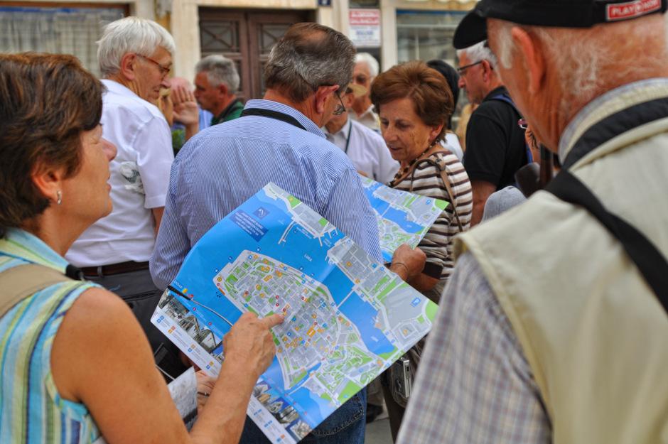 Turisti (Foto: Žeminea Čotrić / Antena Zadar)
