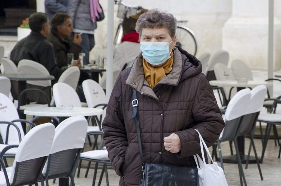 Zaštitna maska, bolest, virus, gripa (Foto: Ivan Katalinić / Antena Zadar)