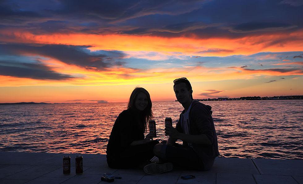 Zalazak sunca, ljubavni par, romantika
