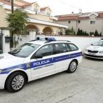 Policija ispred kuće Marka Pupića Bakrača
