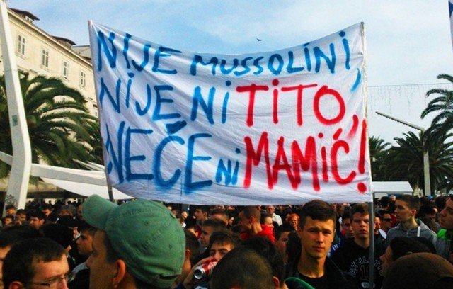 http://hrvatskifokus-2021.ga/wp-content/uploads/2016/02/www.antenazadar.hr_wp-content_uploads_2014_11_Prosvjed-Torcide-u-Splitu-1-640x408.jpg