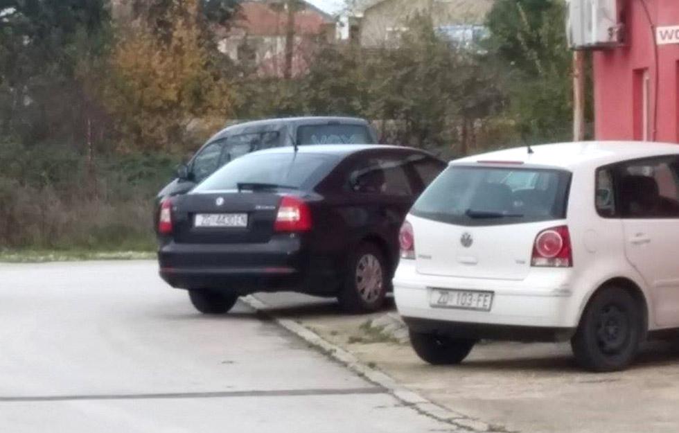 Vozilo PNUSKOK ispred VOX televizije