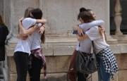 Đirada, zagrljaj, ljubav